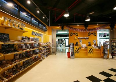 Automobile Accessories Shop for Yellow Hat at Time Square Center